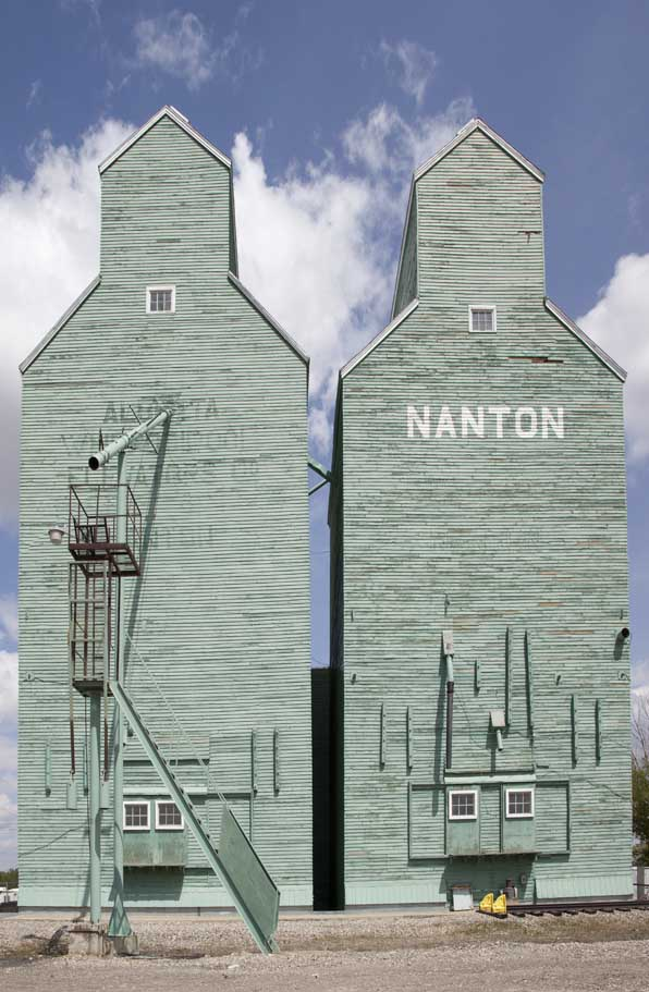 Nanton Green Elevators
