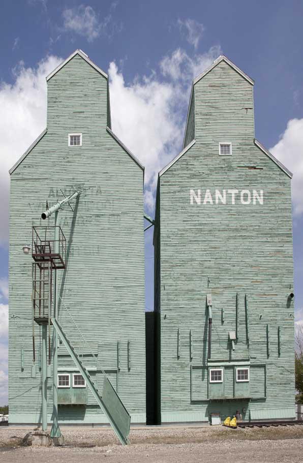 Nanton Green Elevators